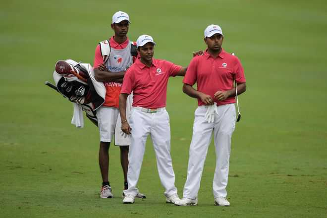 Lahiri-SSP lose but Li helps Asia take lead