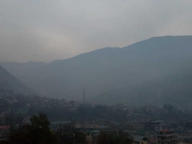 Forest fire chokes Kullu district