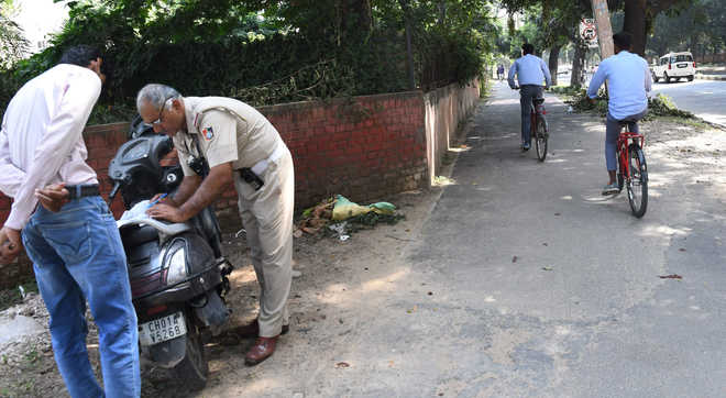 25 held for driving on cycle track