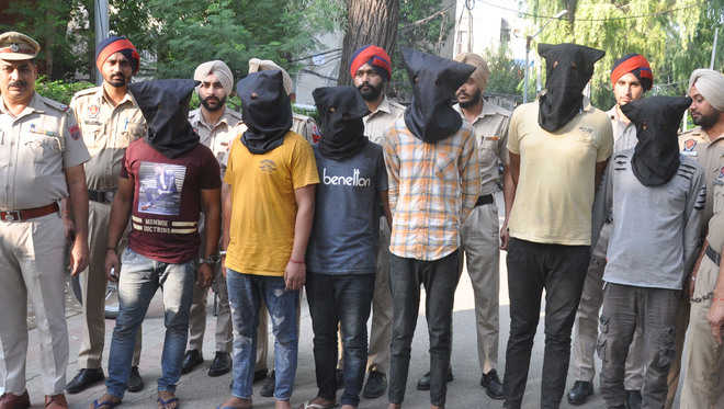 Rs 25 lakh robbery cracked; 5 held