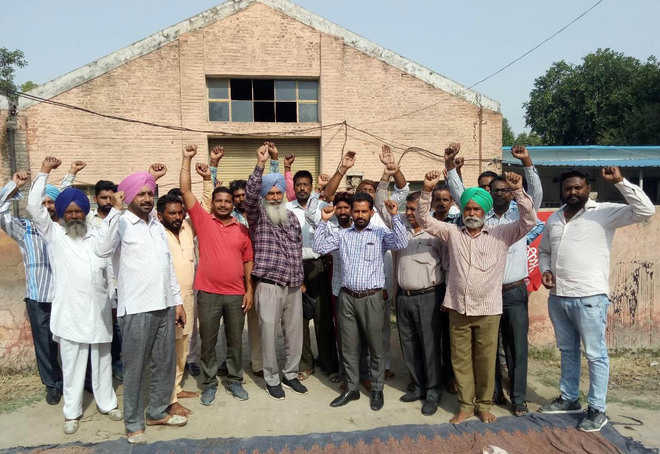 PWD workshop union protests against Triveni company