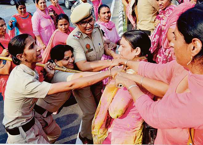 Police use mild force as ASHA workers' protest turns violent