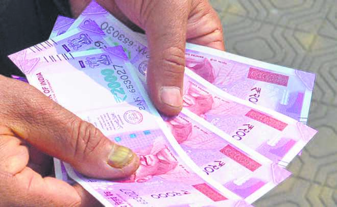Govt to raise Rs 500-cr loan for Diwali gift to employees
