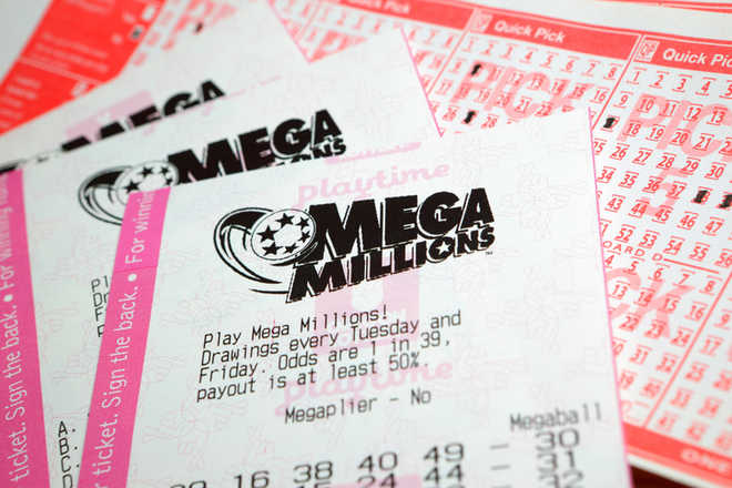 US Mega Millions lottery hits record $1 6 bn after no