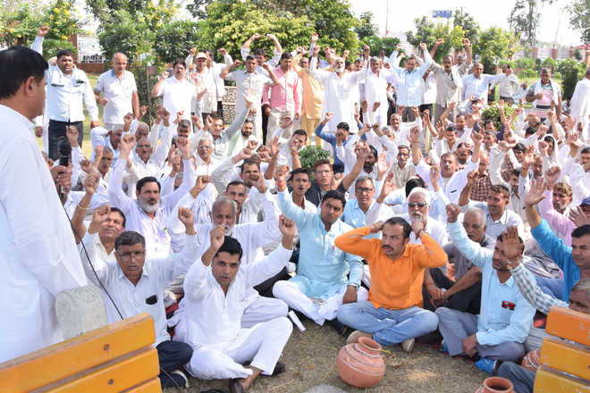 Haryana roadways unions to continue strike as talks with govt fail