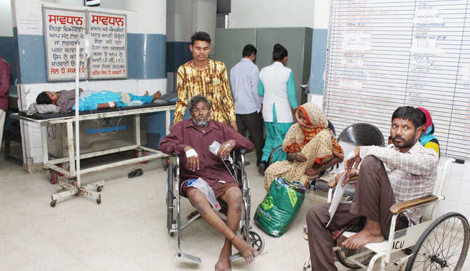 Surge in dengue, viral fever cases at city hospitals