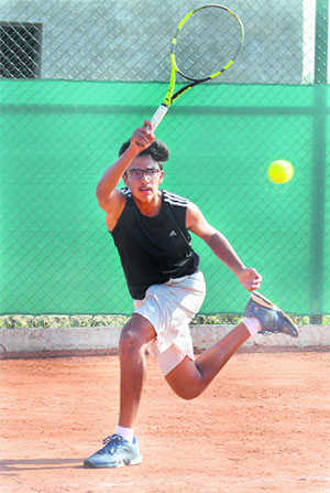 Sannat eases into 2nd round
