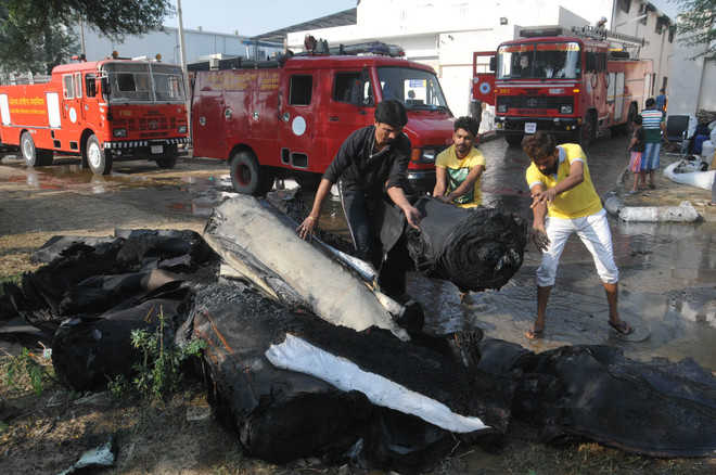 Fire breaks out in shoe factory