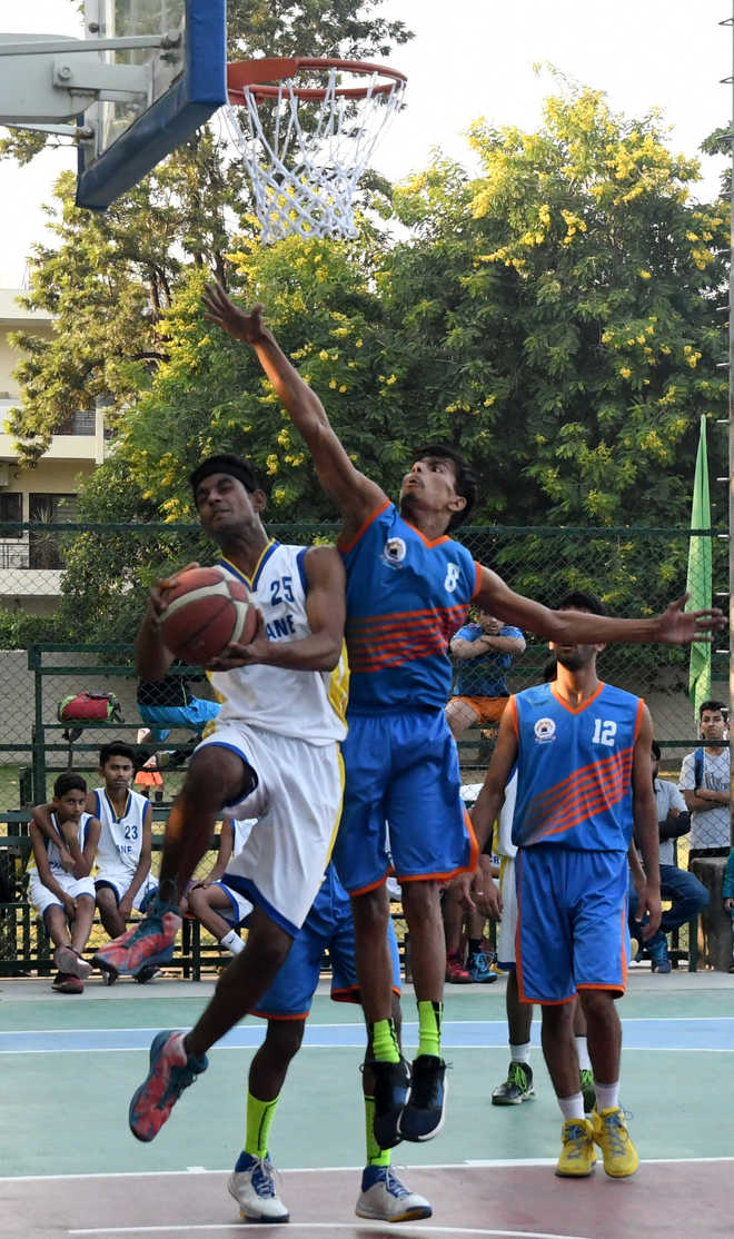 Shashank helps SD School beat Chitkara cagers 44-22
