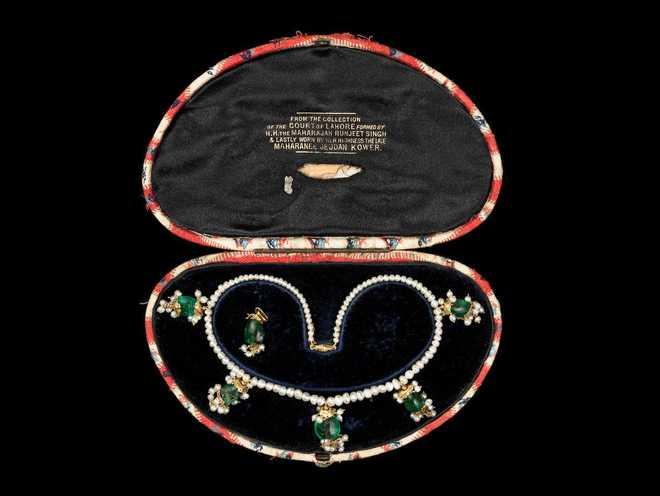 Maharani Jindan Kaurs Necklace Fetches 187000 Pounds At Uk Auction