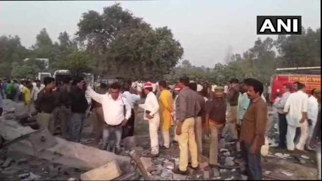 8 die in explosion at firecracker warehouse in Uttar Pradesh