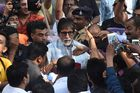 Bollywood actor Amitabh Bachchan (C) greets fans on his 76th birthday in Mumbai on October 11. AFP