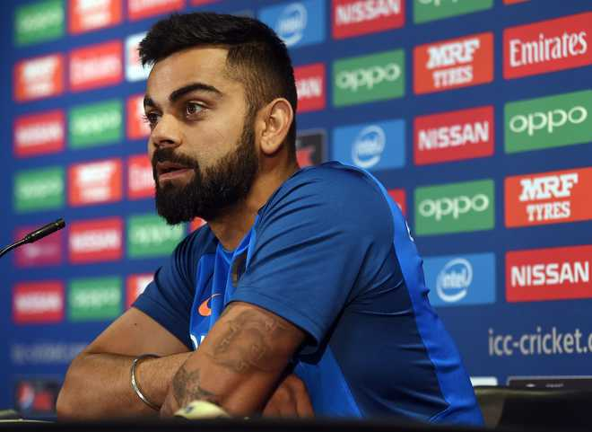 Kohli criticised for telling fan to leave country if he doesn't like Indian batsmen