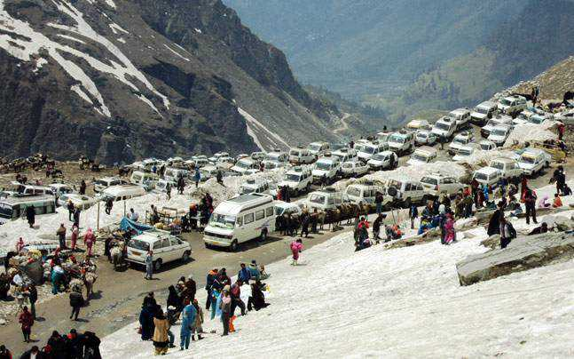 Rohtang Pass opens to traffic