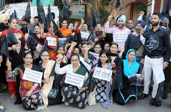 Soni rules out compromise with protesting teachers