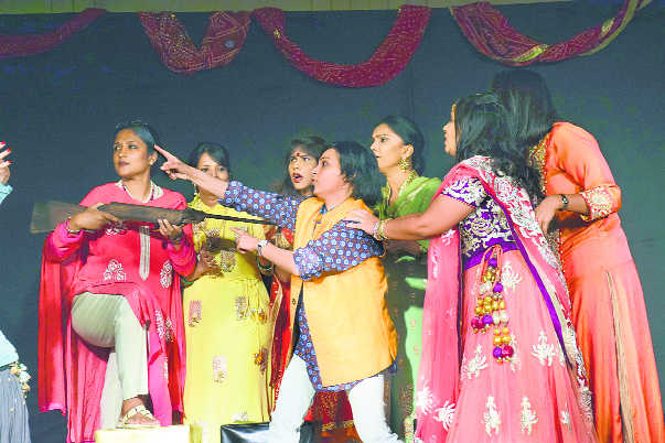 Faridabad women take to theatre to de-stress