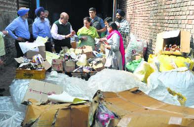 Factory indicates illicit sale of booze rampant