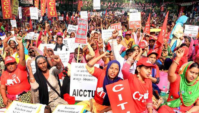 Underpaid, workers knock at Centre's door