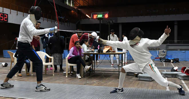Only 6 teams for fencing c'ship