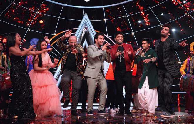 Indian Idol 10' throws a bachelor party for Kapil Sharma