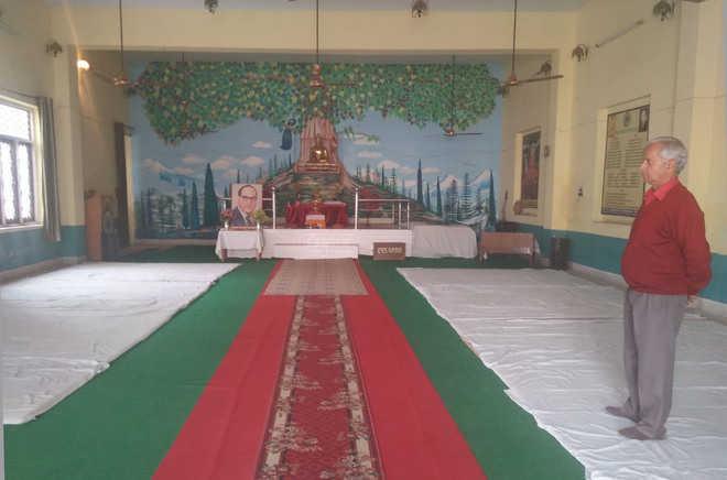 8,000 Punjab Buddhists, majority loyal to Ambedkar