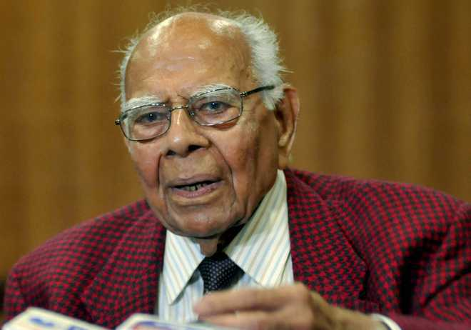 BJP, Ram Jethmalani resolve issue of his expulsion, urge court to end suit