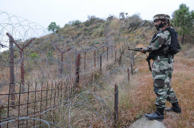 Soldier, BSF man die in LoC firing