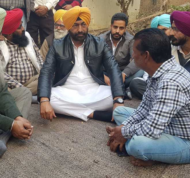 Khaira visits family of man who died of drug overdose
