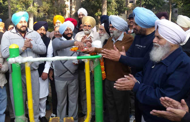 Minister's move catches Mohali Mayor off guard