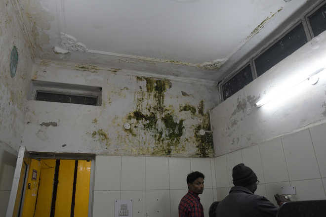 Four years on, MC fails to renovate 300 toilets in city