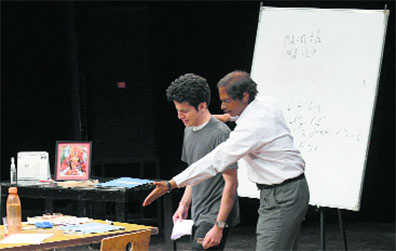 Play depicts student-prof relation