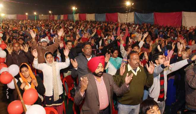 'Heal-all churches' in Doaba pull crowds