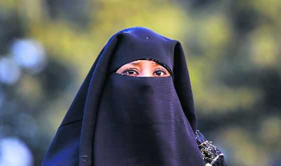Nod to amended triple talaq Bill in LS, Oppn walks out