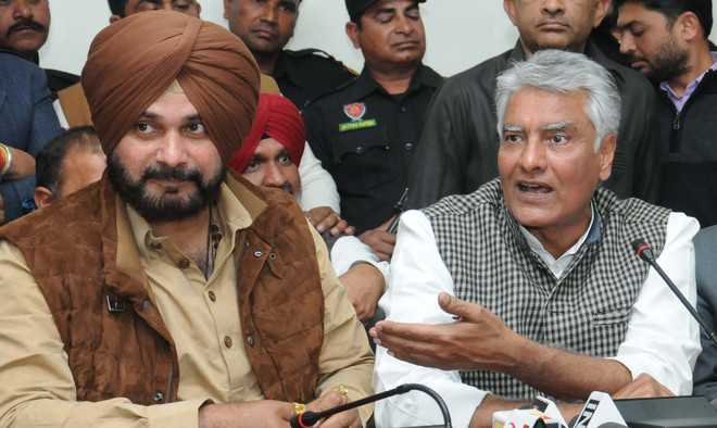 Why no check on illegal mining, asks Sidhu