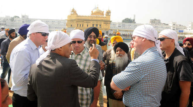 Sukhbir to welcome Trudeau at Golden Temple tomorrow