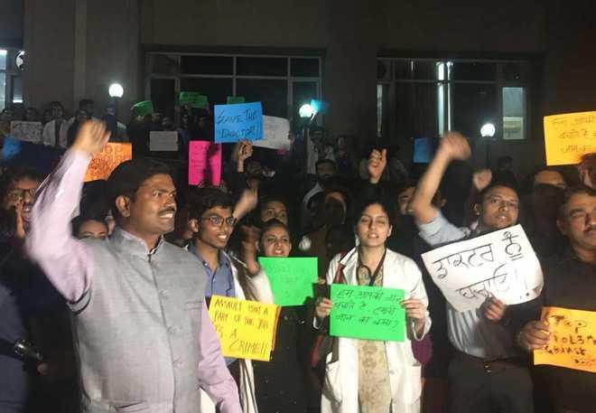 IMA condemns attack on CMCH doctors
