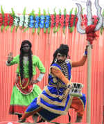 Magnetic performances mark shobha yatra