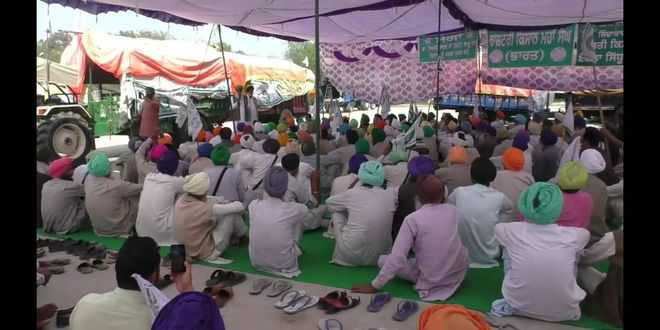 Villagers support farmers' protest in Cheema Mandi