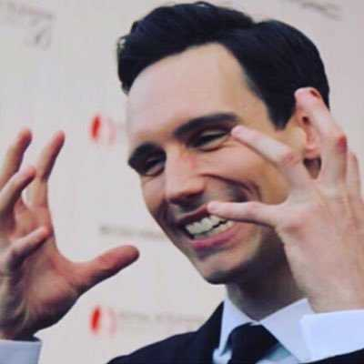 'Gotham' actor Cory Michael Smith comes out as gay