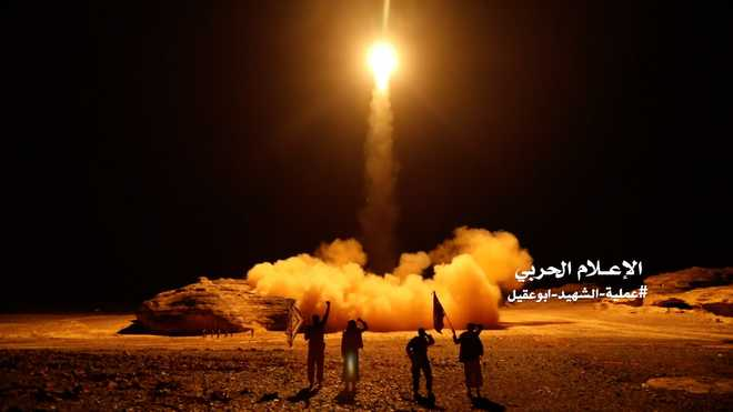Houthi missile salvo at Saudi cities heightens tensions