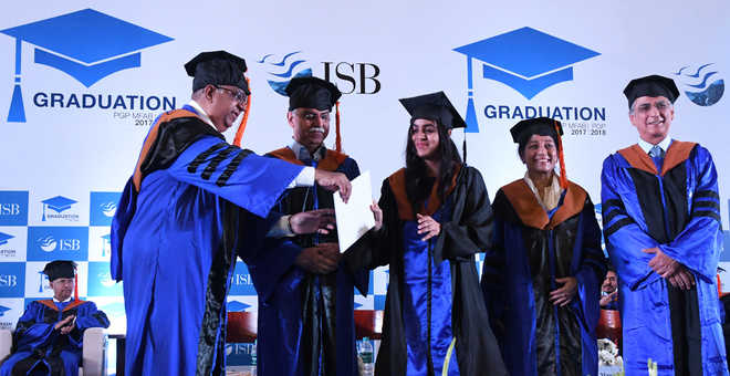 Certificates conferred on 916 students at ISB