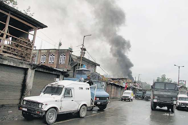 4 civilians, soldier killed; militants escape