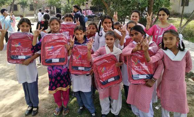 NGO gives school bags to students