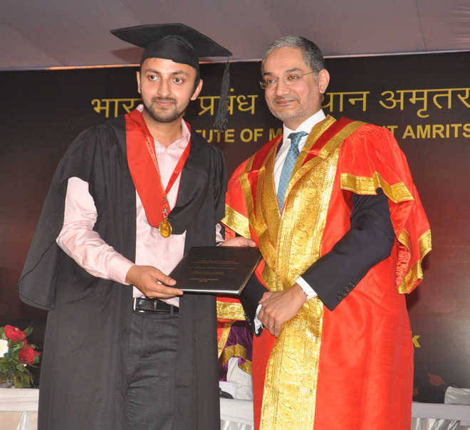 104 awarded diploma certificates at IIM