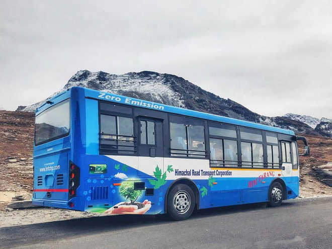 No electric bus service to Rohtang Pass, for now