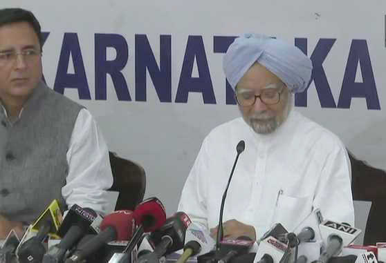 No PM stooped as low as Modi: Manmohan Singh