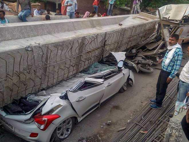 Flyover collapse kills 18 in Varanasi