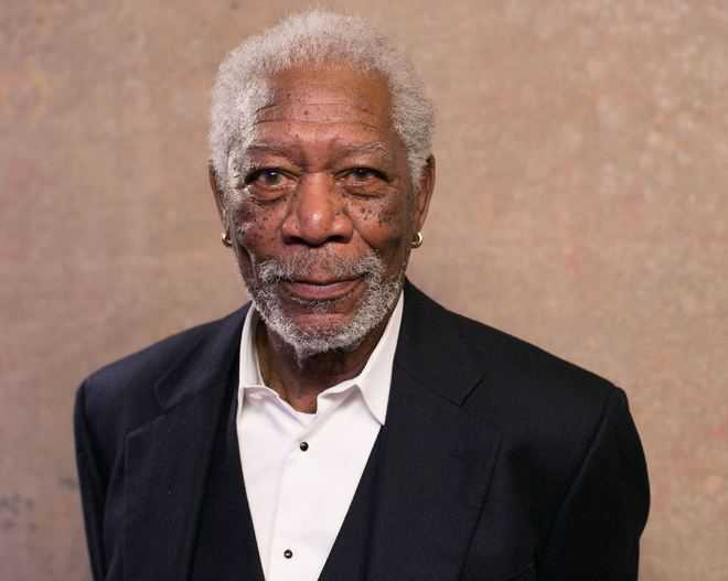 Morgan Freeman issues an apology