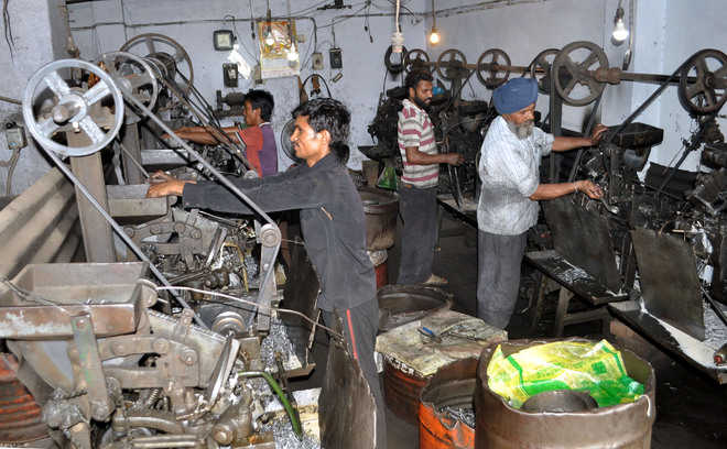 Chinese imports threaten Amritsar's screw, bolt industry