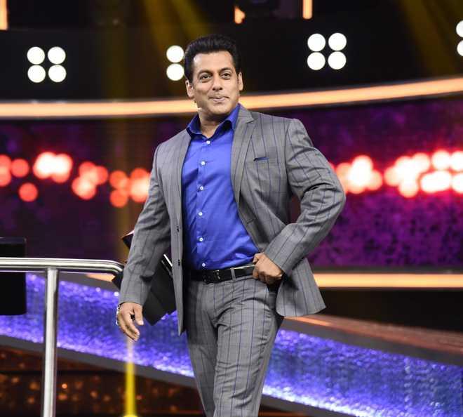 When Salman fell into a manhole!